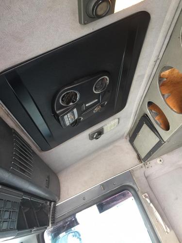cavalo mecânico r124/400 ano 2004 6x2 branca