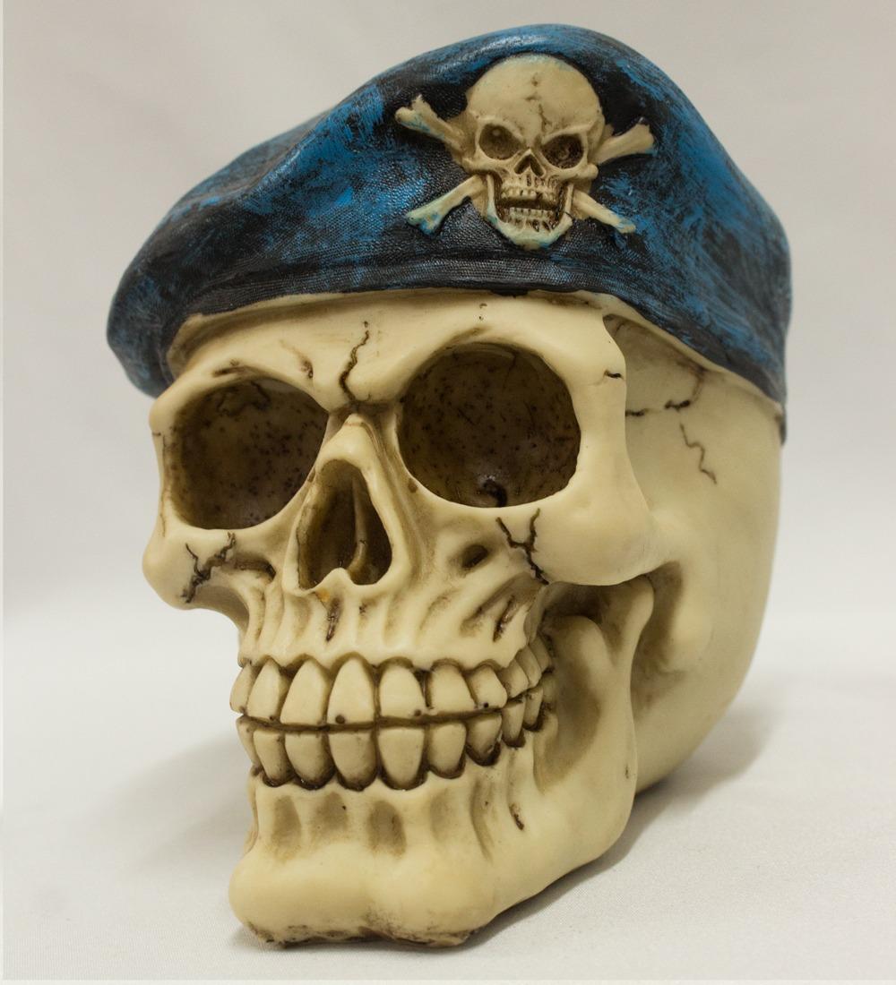 caveira com boina cranio decorativo resinado d0244. Carregando zoom. 30c5e7bcccc