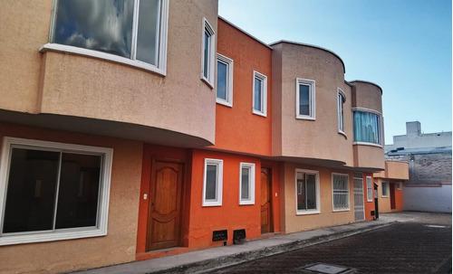 cayambe centro-preciosas casas desde 74.000 de lujo chimenea