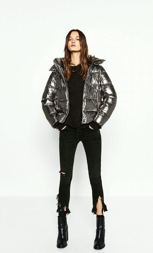 recogido 100% de alta calidad atesorar como una mercancía rara Cazadora Corta Metalizada Zara