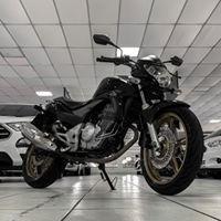 cb 300 ano 2015 financiamos em 36x moto impecável