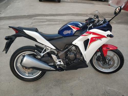 cbr 250r moto