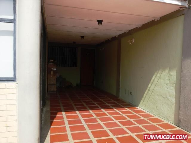 cc 19-4088 casas en venta castillejo, guatire