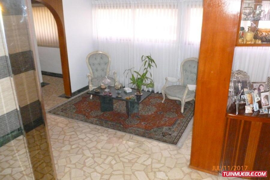 cc apartamentos en venta rh mls #17-9488