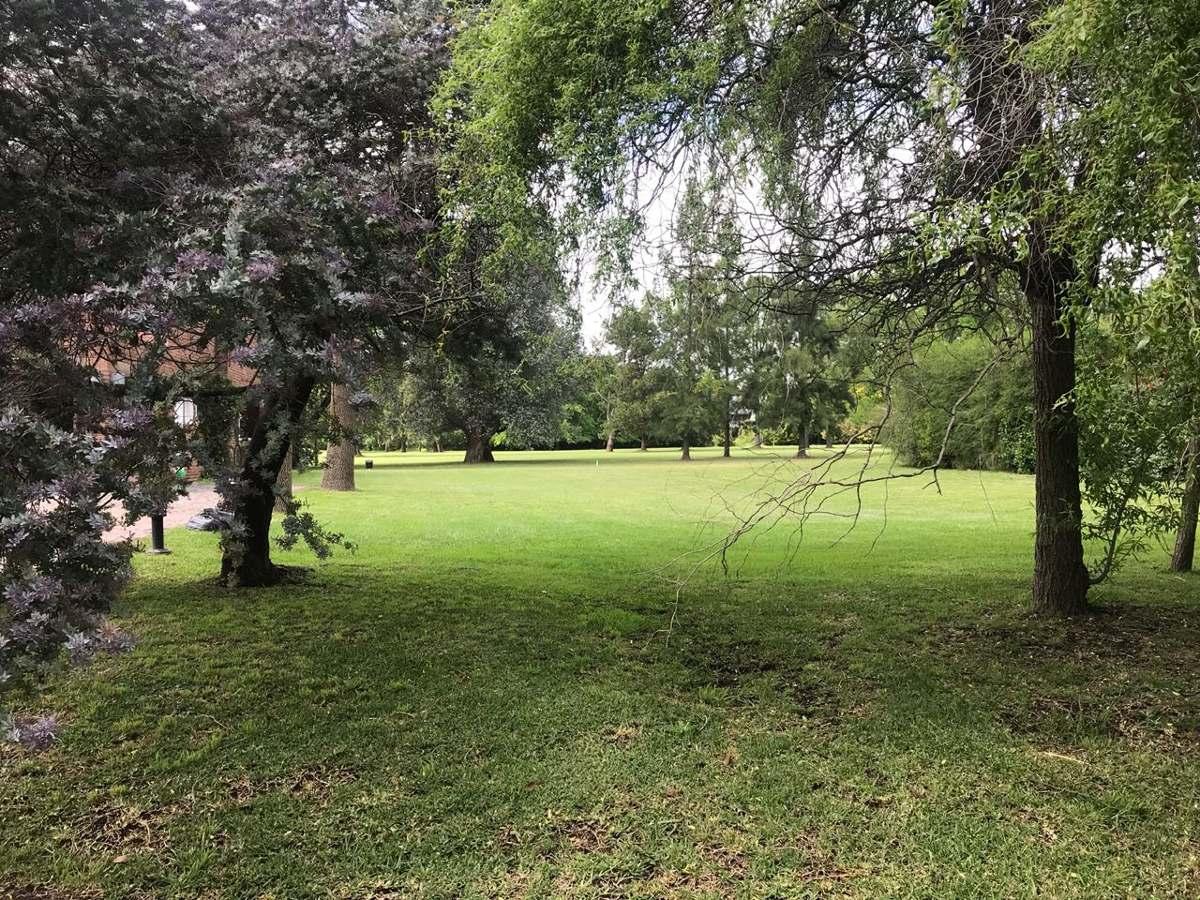 c.c. los cardales ultimos lotes frente golf en venta 700 m²