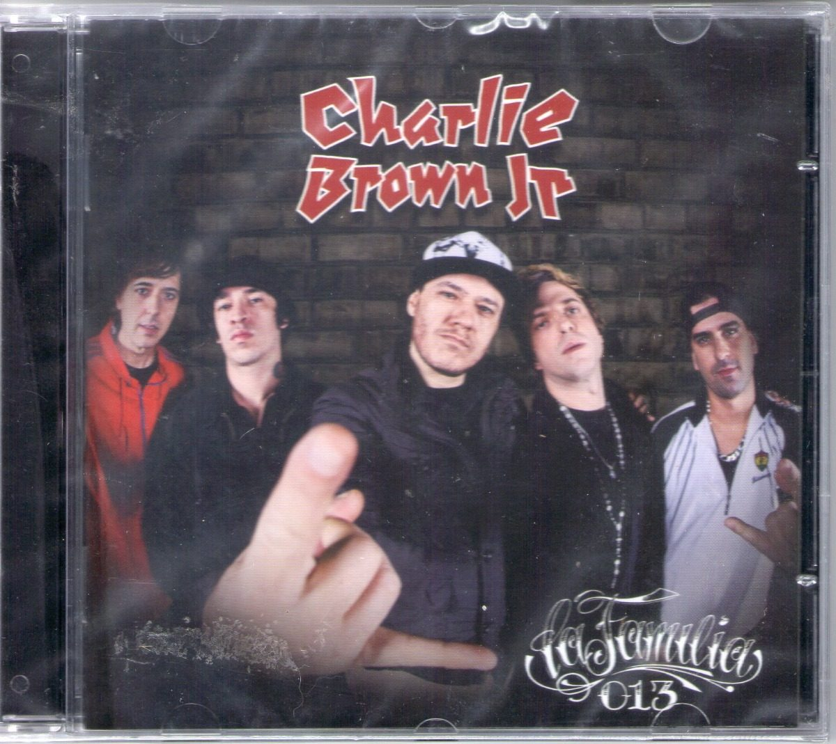 cd charlie brown jr la familia 013