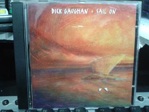 cd  - dick gaughan + sail on
