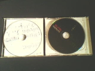 cd + dvd foo fighters - one by one