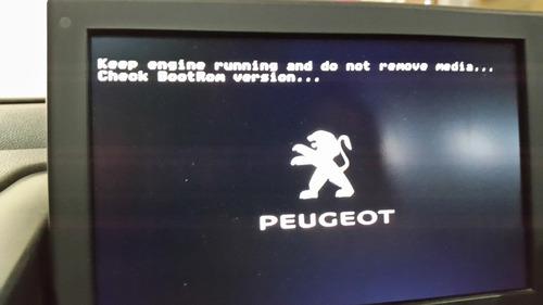 cd error en inicio gps peugeot 308 pantalla negra -