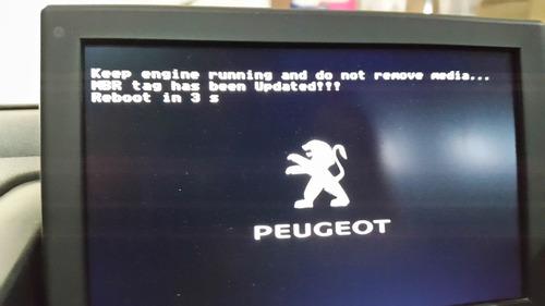 cd error en inicio gps peugeot 408 pantalla negra -