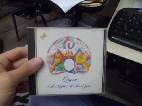 cd nacional - queen - a night at the opera