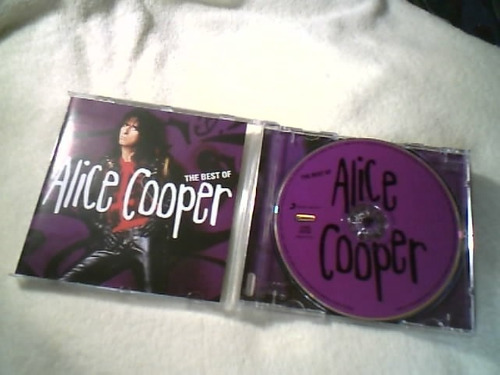 cd  ( the best of alice cooper ) sony music  ( ótimo estado)