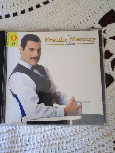 cd  the freddie mercury album-1992 c/encarte-ótimo estado