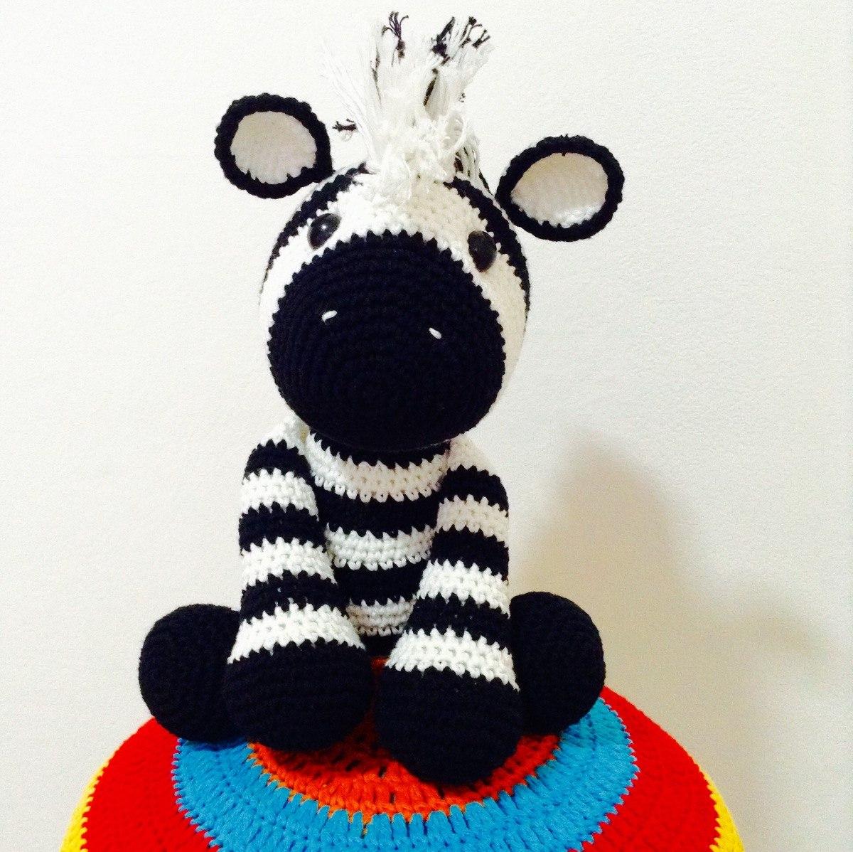 Cebra Amigurumi Tejida A Crochet - $ 550,00 en Mercado Libre