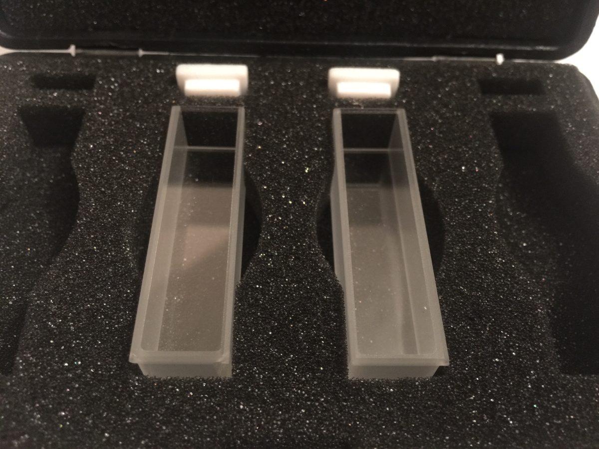 Celdas de cuarzo para espectrofotometro 25