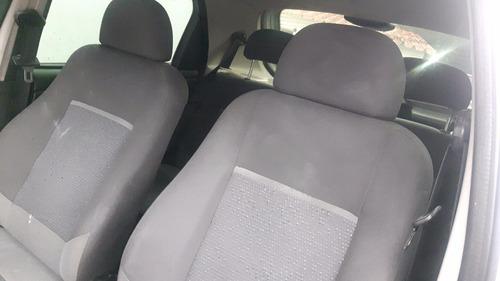 celta lt 2014 completo 4 portas  1.0 8v flex airbag + abs