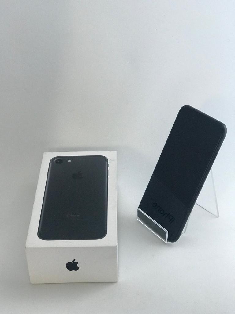528805a99aa celular apple iphone 7 32gb preto matte original - usado. Carregando zoom.