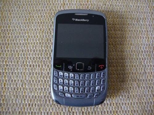 celular blackberry curve 8520.