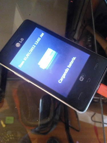 celular lg t-395 no coge señal, batera y display ok