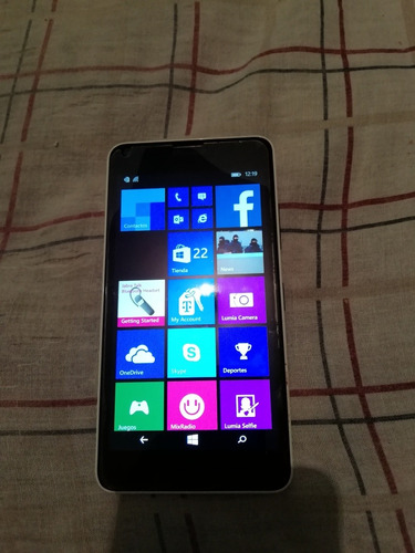 celular micrisoft lumia 640