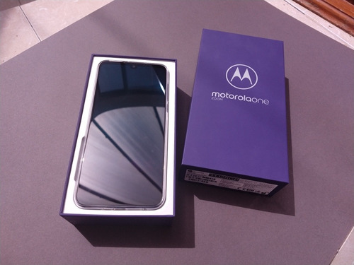 celular motorola one zoom
