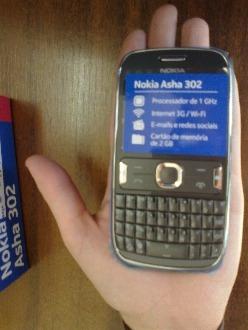 celular nokia 302,3 g,  lacrado, anatel simples sinal forte