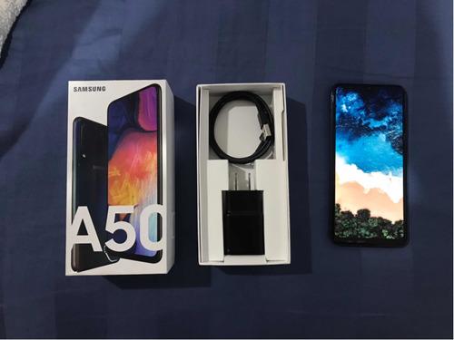 celular samsung a50 64gb 4ram + cargador y aún en garantía