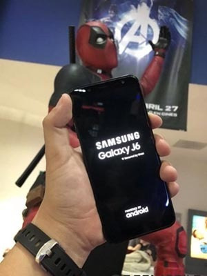 celular samsung j6 j600gt 4g dual 32gb tela 5,6 tv digital
