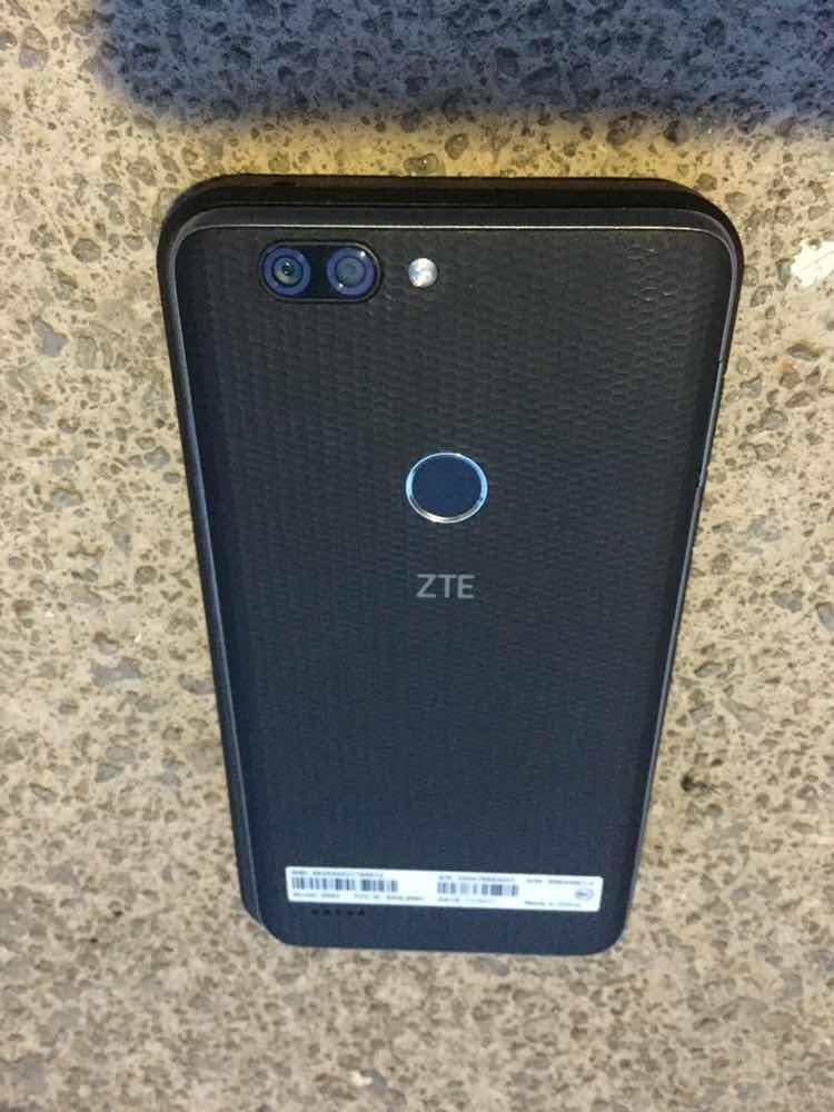 Celular Zte Blade Zmax (metro Pcs)