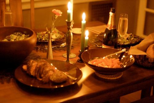 cena romántica en velero
