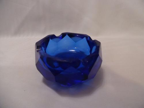cenicero cristal-facetado-azul