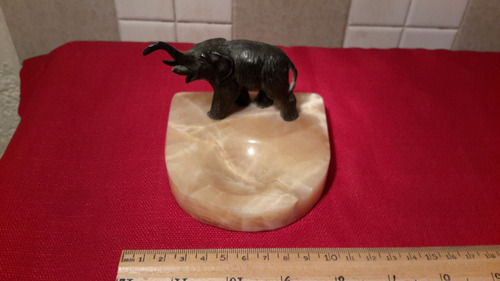 cenicero elefante de metal    clave2833