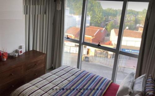 centenario 2300 depto. 3 amb muy comodo con balcon terraza c/parrilla y cochera