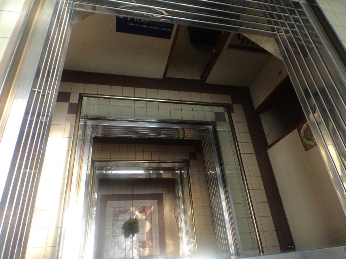 céntrica oficina de 88 m2 a una cuadra del centro histórico