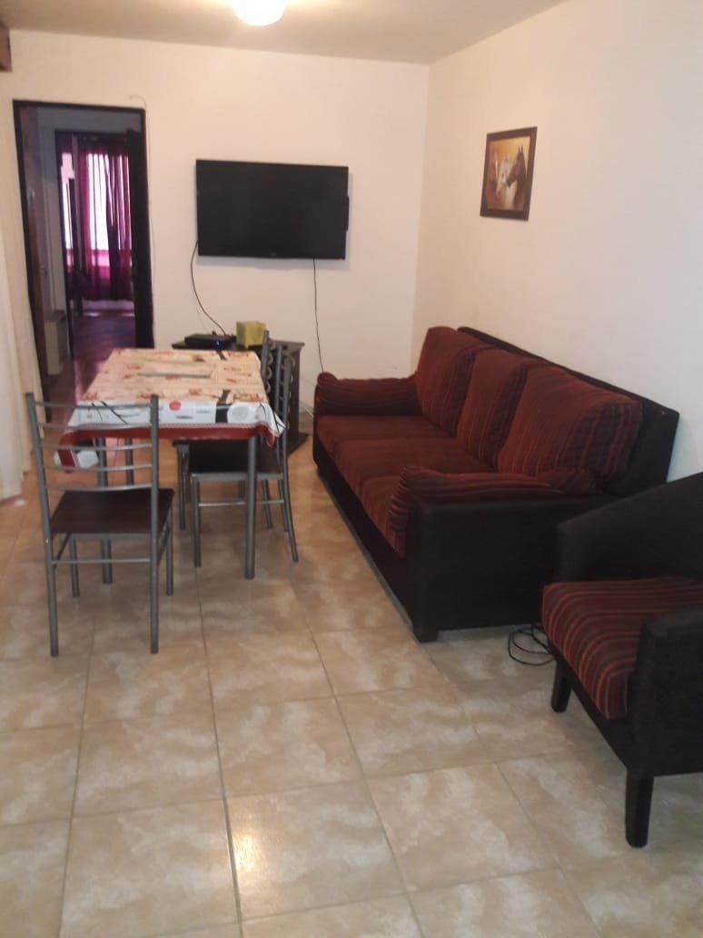 centro 1d y medio con muebles $23000