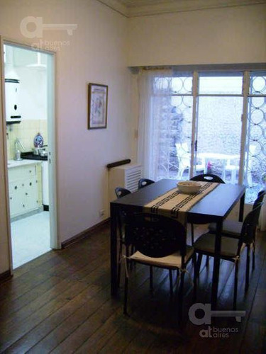 centro, 2 ambientes, alquiler temporario sin garantía.