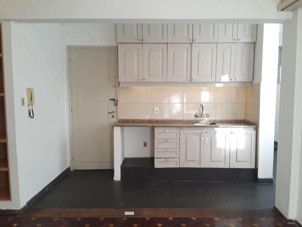 centro, alquiler apartamento de 2 dormitorios, 2 baños.