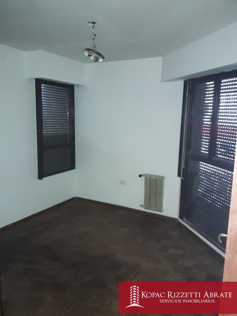 centro (avellaneda 100) - venta departamento 2 dorm.