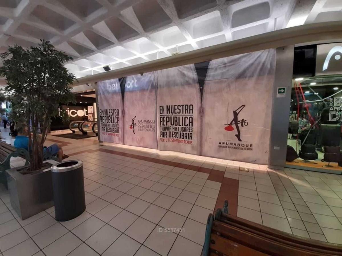 centro comercial apumanque