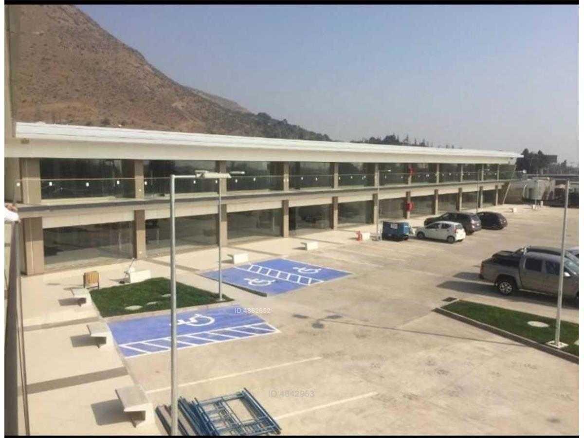 centro comercial / strip center av. del valle chicureo