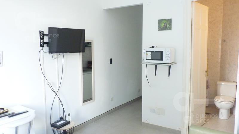 centro. cómodo ambiente reciclado. alquiler temporario sin garantías.