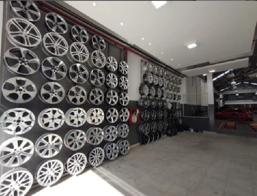 centro de llanta fiat 500 lounge cult con detalles kit x4
