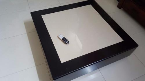 centro de mesa con marmol. usada.