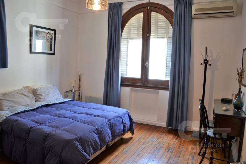 centro, departamento 2 ambientes. alquiler temporario sin garantía.