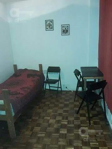 centro. departamento 2 ambientes. alquiler temporario sin garantías.