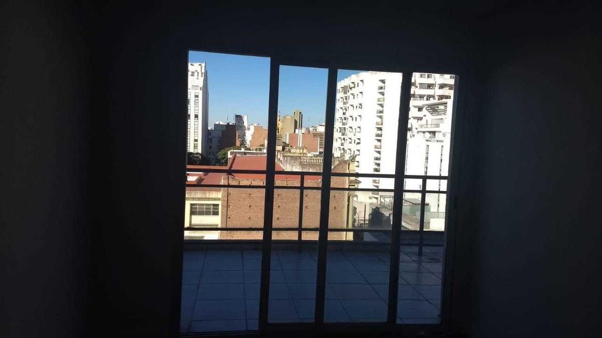 centro! depto en venta- dos dormitorios   2 baños balcon
