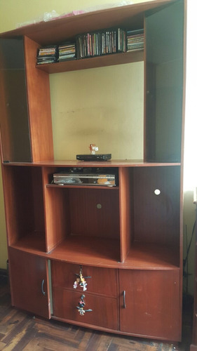 Centro de entretenimiento mueble para tv y equipo de sonido.   s ...