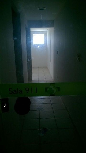 centro médico sanatório, sala 911   (cód. 4773)