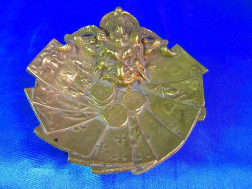 centro mesa bronce