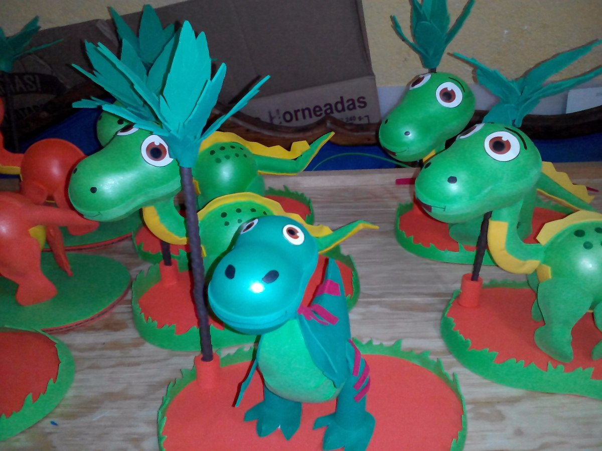 Centro de mesa dinosaurios fiestas infantiles recuerdos - Mesas para cumpleanos infantiles ...